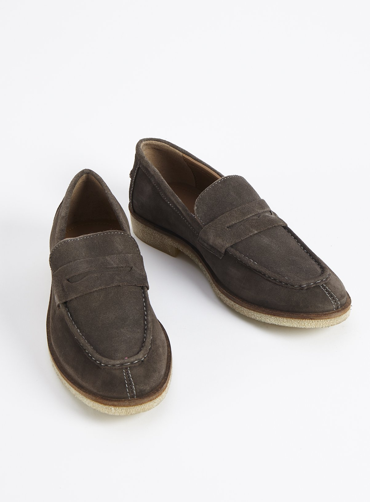 Sole Comfort Grey Suede Saddle Loafers – 8tuc137239961